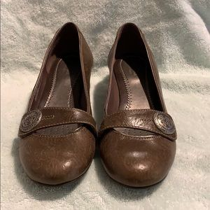 Preowned Clarks Brown Shoes